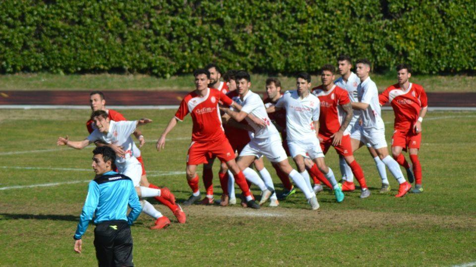 Prima Squadra: Cantù Sanpaolo vs Desio 0 – 3